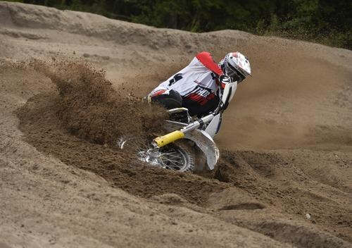 husqvarna 2015 cross enduro 02